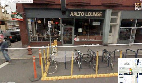 streetview_yellow posts