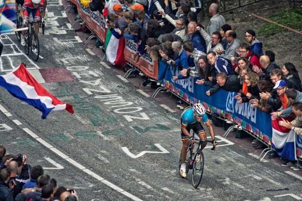 Philippe_Gilbert,_2012_Road_World_Championships,_Cauberg (1)