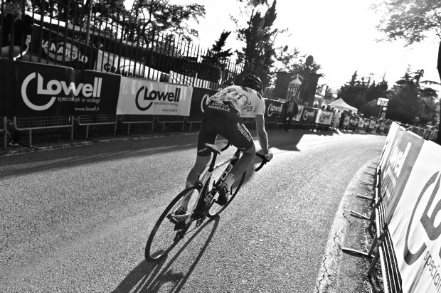 Pozzovivo goes more faster at the 2013 Giro d'Emilia. Photo: Pedale.Forchetta