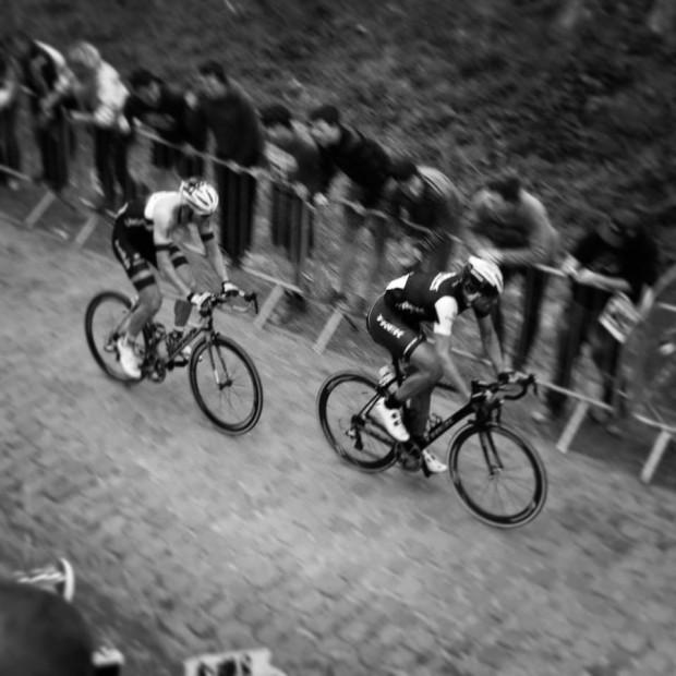 Fabs and Vanmarke make the split on the Kwaremont. Photo: Alexandre Voisine