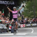 Boss Vos isn't racing, so the pink jersey is up for grabs.