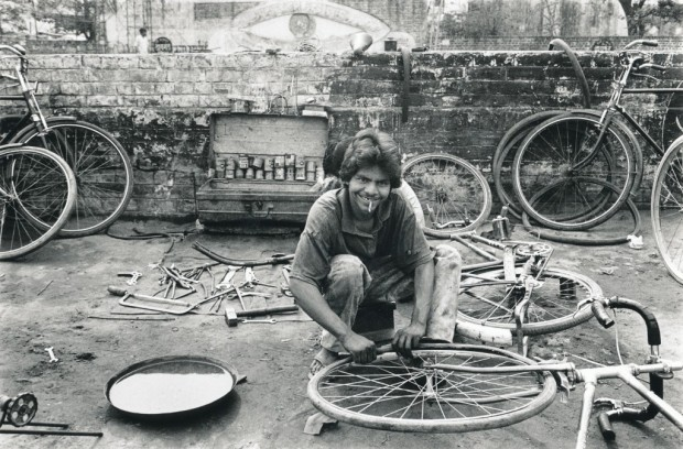 Indian Bicycle Mechanic. photo: Sue Darlow
